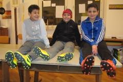 M,J,S mit Fußballschuhen